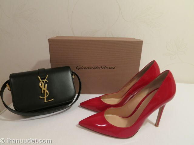 Gianvito Rossi Tabasco Red + YSL Sac Universitè small001.JPG