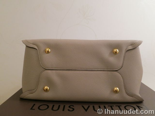 Louis Vuitton Tournon0010.JPG