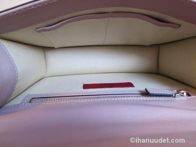 Valentino Glamlock Medium Poudre13.JPG
